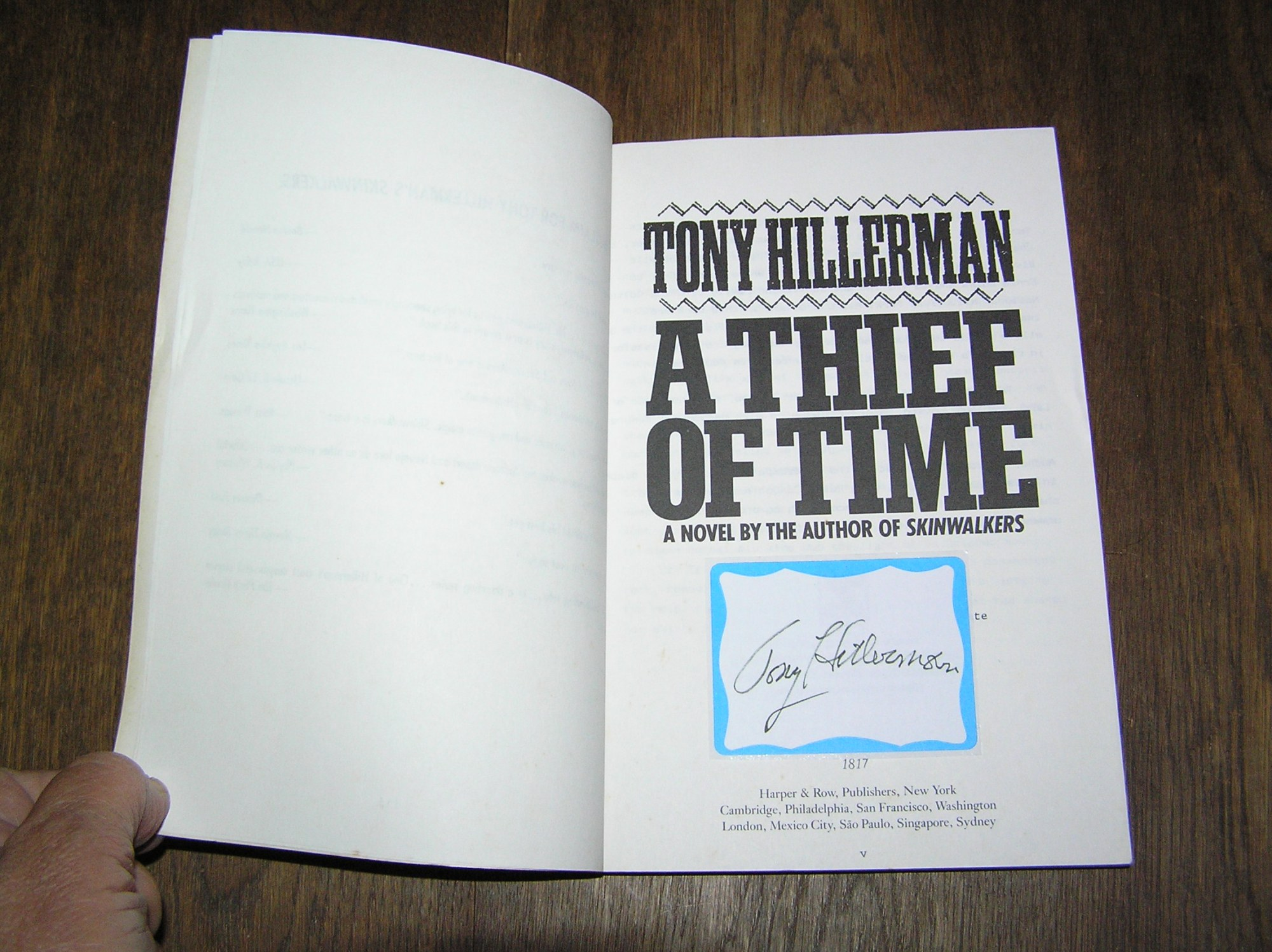 Tony Hillerman A Thief Of Time Arc Signed Country Squire border=