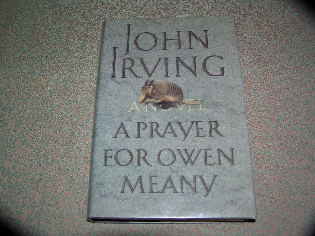 a prayer for owen meany A prayer for owen meany john irving table of contents the foul ball the armadillo the angel little lord jesus the ghost of the future the voice the dream the finger.